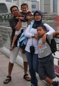 Keluarga Wahyu (2008)