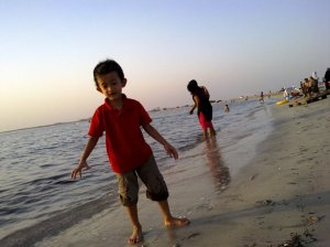 At Dukhan Beach (beside Dukhan Sailing Club, behind QP Administration Area)