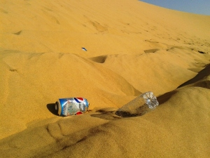 Don't go to the dunes if for littering, please!