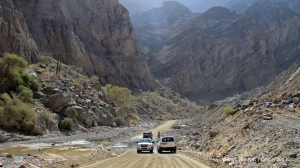 Wadi Bani Awf - after 7-km asphalted road. But soon it will be
