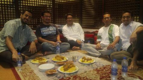 Group iftar along with temporary bachelors :) at Bandar Aden - Yemeni Restaurant, Souq Waqif
