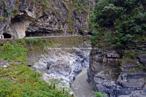 Tunnel of Nine Turns (Jiuqudong)