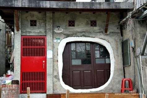 Artistic house at Treasure Hill Artivisit