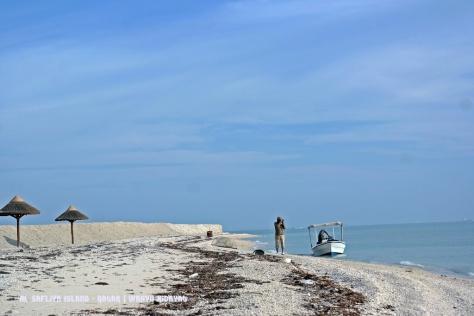 Al Safliya Island beach
