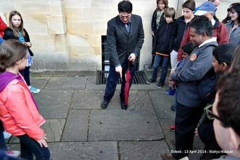 Z mark on the stone path of Oxford has something to do with Harry Potter