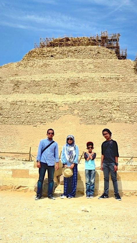 Pyramids (44)