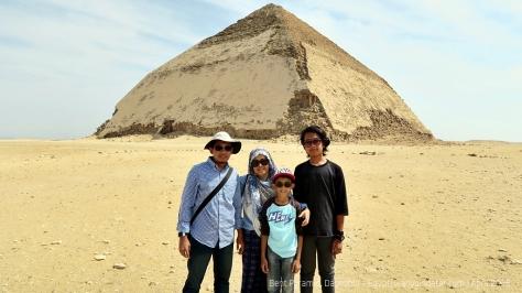 Pyramids (51)